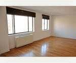 READE STREET/PRIME TRIBECA LOCATION..STEPS FROM BROADWAY/HILTON HOTEL/FREEDOM TOWERS/