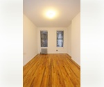 2BR/1BATH~~HELLS KITCHEN~~ONLY 2,595~~ EXCELLENT SHARE! RARELY AVAILABLE