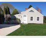 CHARMING TWO BEDROOM, 2.5 BATHS SUMMER COTTAGE - EAST HAMPTON