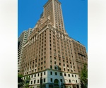 Custom Home, Midtown East. Sunny Apartment. White Glove Building