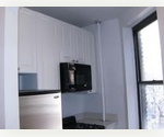 GREAT DEAL!!! SOUTH FACING ONE BEDROOM IN THE MOST DESIRABLE UPPER EAST SIDE SPOT!!!  BE FAST! WON'T LAST!!!